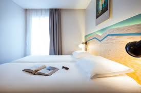 bureau de change montreuil ibis styles nation porte de montreuil hotel reviews