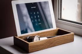 docking station dock276 handmade oak engraved charging