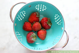 Decorative Ways To Cut Strawberries 4 Easy Ways To Prepare And Use Strawberries With Pictures