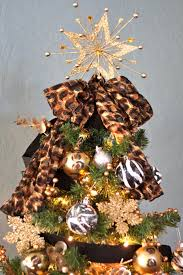 animal print themed christmas tree kerisimasi pinterest