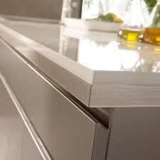 plan de travail cuisine blanc brillant plan de travail d angle stratifié effet verre blanc 97 7 x 65 cm ép