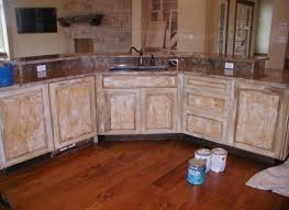 Best Primer For Kitchen Cabinets Best Paint To Paint Kitchen Cabinets Ellajanegoeppinger Com