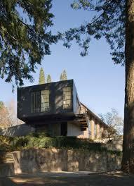 narrow home design portland olson kundig designs a home for two portland artists