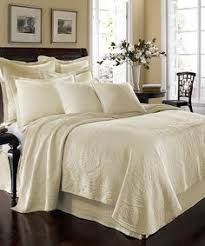 juicy couture bedroom set juicy couture pinch tuck coverlet collection college pinterest