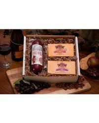 wisconsin cheese gift baskets cheese gift boxes and baskets homestead wisconsin cheese