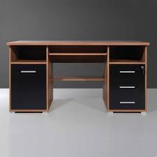 U Schreibtisch Schreibtisch Racussa In Nussbaum Und Schwarz Pharao24 De