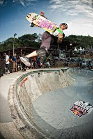 Backyard Skateboarding Backyard Bowl Draws Skateboarding Legends Pros And Amateurs Wired