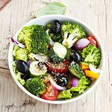 cuisiner les brocolis brocolis en salade magicmaman com