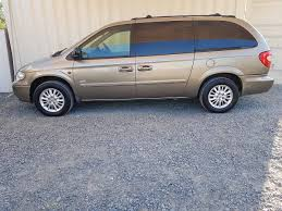 sold automatic 7 seat people mover chrysler grand voyager 2006