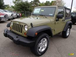 2013 jeep wrangler sport s 4x4 in commando green photo 2 644000