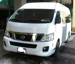 nissan van nv350 file nissan nv350 urvan taxi jpg wikimedia commons