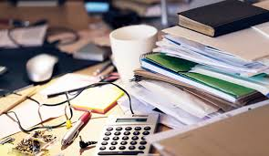 What Your Desk Says About You Clean Vs Messy Desks What Does Your Style Say About You