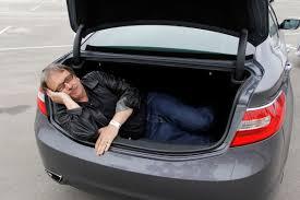 toyota camry trunk car fight hyundai azera v v toyota camry hybrid niedermeyer v v