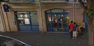 bureau de poste neuilly sur seine sud ptt en colère contre la fermeture estivale de la poste d ablon