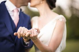 wedding photos 8 ways to wear your wedding band with or without your engagement