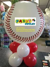 Table Top Balloon Centerpieces by 43 Best Sports Balloon Decor Images On Pinterest Balloon