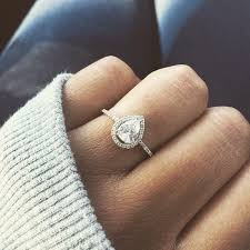Wedding Ring Hand by Best 25 Pear Shaped Diamond Ring Ideas On Pinterest Pear Shaped