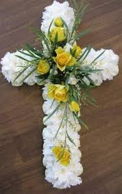 flowers for funeral services best 25 funeral flowers ideas on funeral flower