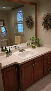 what color cabinets with beige tile bathroom paint color to coordinate with beige tile thriftyfun