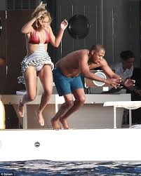 Jay Z Diving Memes - favorite five jay z diving memes