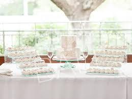 wedding cake display wedding cakes and cake wedding favors in