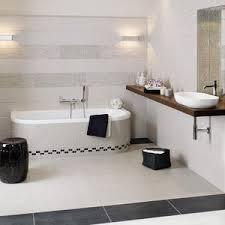 badezimmer weiß fliesen schwarz weiss am romantische ideen für schwarz und weiß