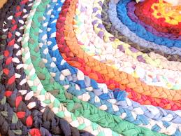 Crochet Oval Rag Rug Pattern Friday Project Braided T Shirt Rag Rug U2013 Do Small Things With Love
