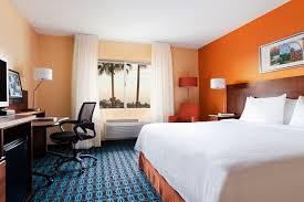two bedroom suites in phoenix az hotels near sky harbor airport country inn suites phoenix airport