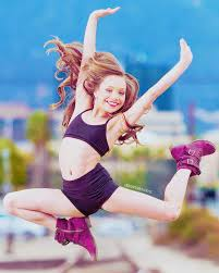 maddie s 26 best maddie ziegler on austin and ally images on pinterest