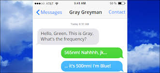color blue green why are some imessages green and some blue on my iphone