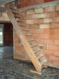 treppe selbst bauen modernes wohndesign ehrfürchtiges modernes haus idee stahl
