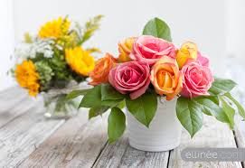 How To Make Floral Arrangements Easy Diy Flower Arrangement Using Tape And Curly Willow The Elli
