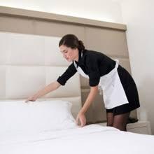 hotel femme de chambre comment devenir femme de chambre fiche métier diplômes et qualités