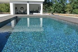 piscine en verre piscine en pate de verre bisazza carrelage et salle de bain la