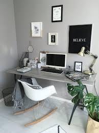 bureau avec treteau chambre bureau avec tréteaux bureau avec tréteaux bureau verre