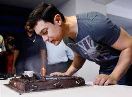 Aamir Khan Home Snapshot Aamir Khan Spends A Quiet Birthday At Home With Family