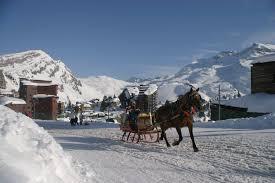sleigh rides jolly