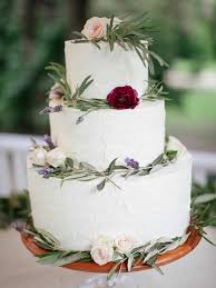 wedding cake greenery 25 gorgeous wedding cakes ideas with fresh flowers
