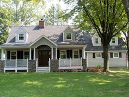 houses with front porches great cape cod house with front porch good evening ranch home