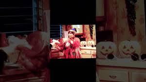 roseanne halloween episodes roseanne and jackie duel on halloween youtube
