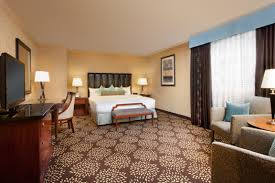 experience the luxury of our large king room in the casino tower