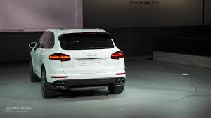 2015 porsche cayenne facelift porsche cayenne facelift 2015 look and engines for premium