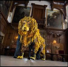 lion puppet amusement parks news warhorse team create longleat lion puppet