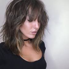 shoulder lengh hair but sides have snapped what hairstyle make it look better the 25 best shoulder length haircuts ideas on pinterest