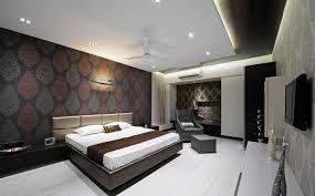chambre de luxe avec chambre de luxe avec papier peint design lit en bois et faux