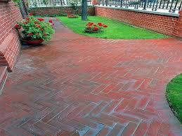 Paving Slab Calculator Design by Paving A Patio Brick Paver Patio Designs Patio Brick Calculator