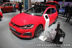 volkswagen gti 2017 2017 vw golf gti performance and 2017 vw e golf at iaa 2017