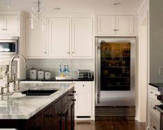 jeff lewis kitchen design kitchen island it u0027s huge cozy kitchens pinterest white