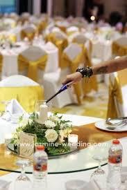 Wedding Organizer Standing Flower Arrangement By Jasmine Wedding Organizer For More