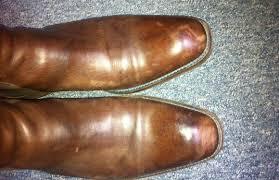 Que Faire Des Vieilles Chaussures Accroc Ou Griffure Réparer Le Cuir De Vos Chaussures Pour Leur